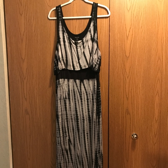 kenzie Dresses & Skirts - Tie Dyed Maxi Dress